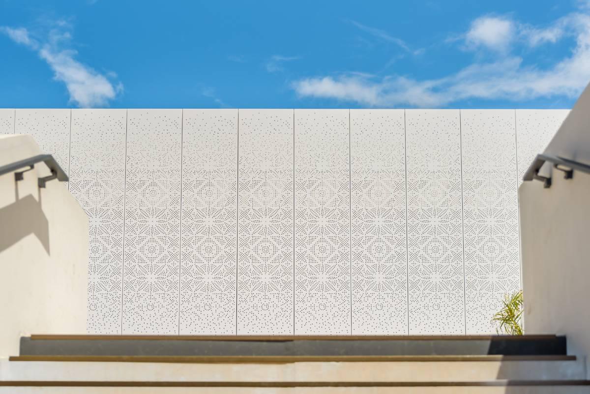 centre commercial des grègues panneau composite aluminium TIM Composites