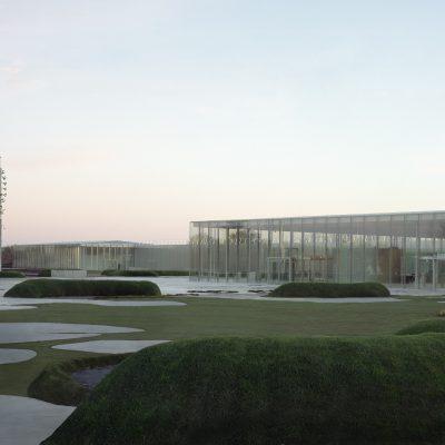 Louvre Lens panneau composite aluminium aluminium composite TIM Composites Quel matériau choisir pour moderniser sa façade ?
